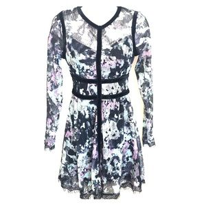 Dresses & Skirts - Lace floral print long sleeved sexy mini dress